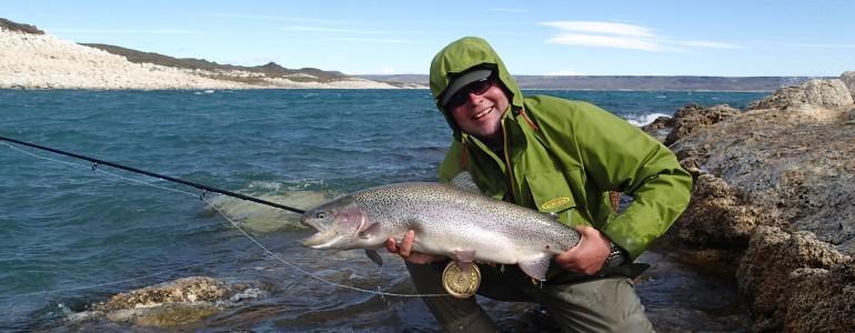 jurassiclake lagostrobel argentina argentiina patagonia kirjolohi rainbowtrout regnbågsöring perhokalastus flyfishing flugfiske fluefiske kalastus kalastusmatka fishmaster globalfishing