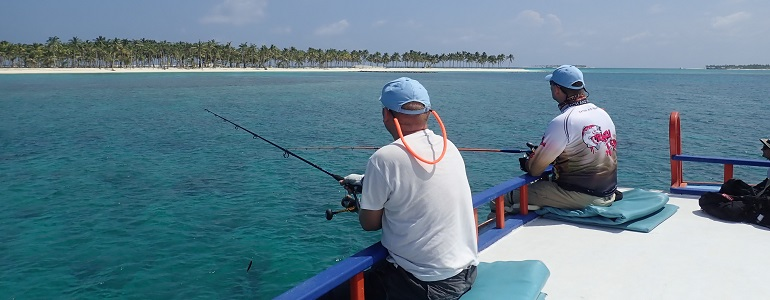 malediivit maldiverna maldives gt gianttrevally bluefintrevally perhokalastus flyfishing flugfiske fluefiske kalastus kalastusmatka fishmaster globalfishing