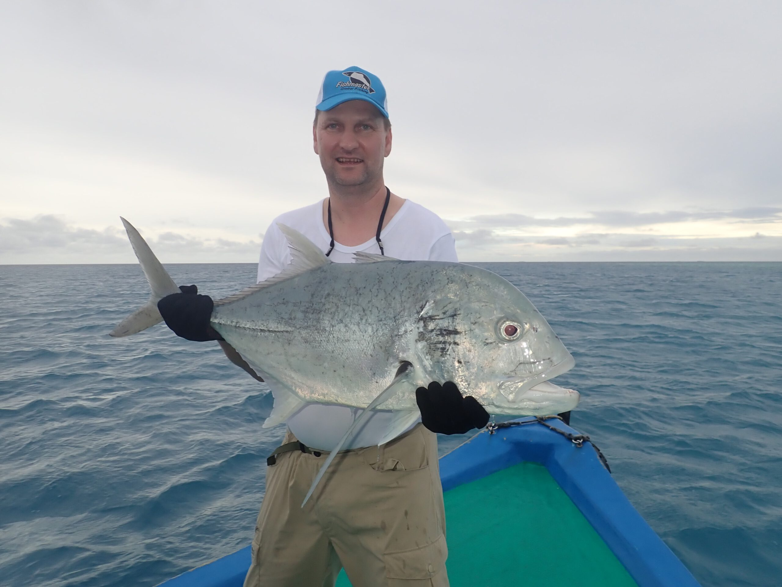 malediivit maldiverna maldives gt gianttrevally bluefintrevally perhokalastus flyfishing flugfiske fluefiske perhokalastusmatka kalastus kalastusmatka kalastusmatkat fishmaster globalfishing